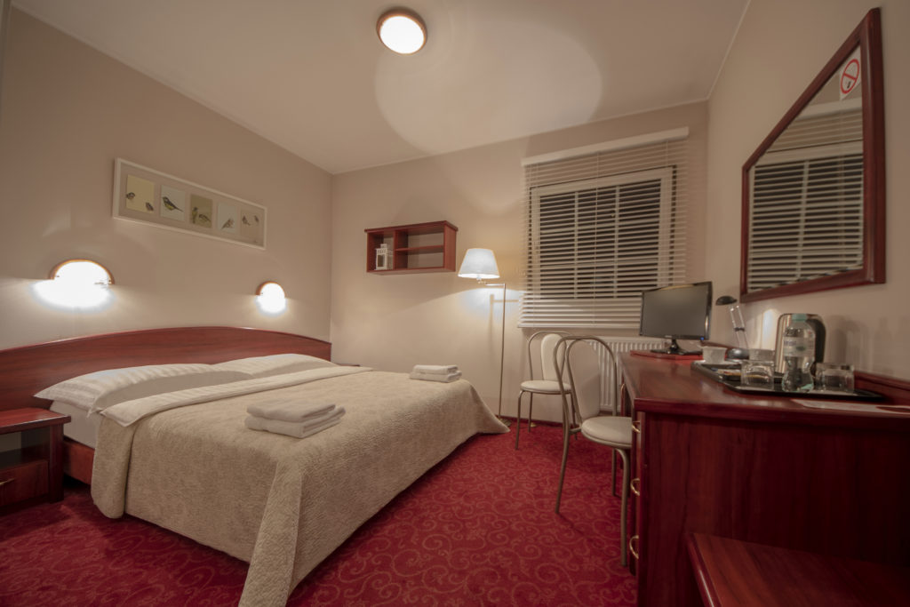 STANDARD double room<br> (large bed or two single beds)